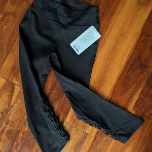 Brand New Lululemon Tied To It Cropped Leggings